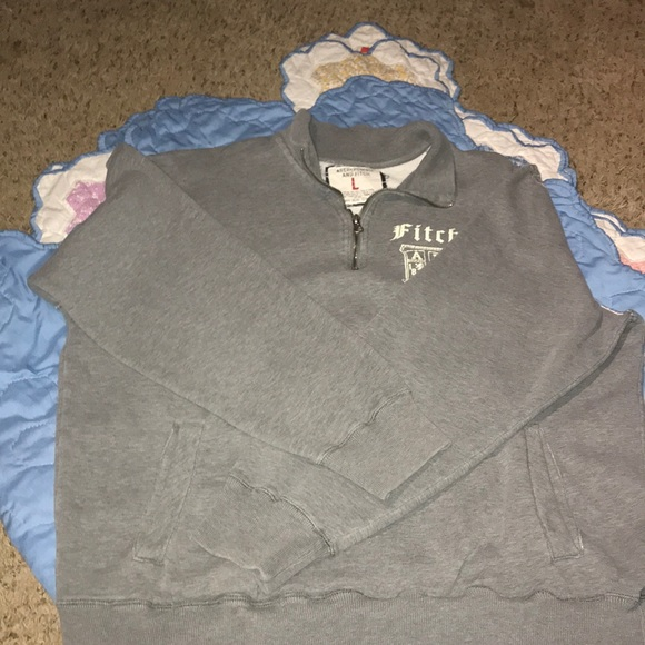 Abercrombie & Fitch Other - Abercrombie and Fitch sweatshirt